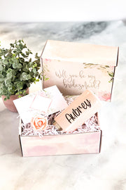 Bridesmaid Proposal Box with Slim Can Holder Option