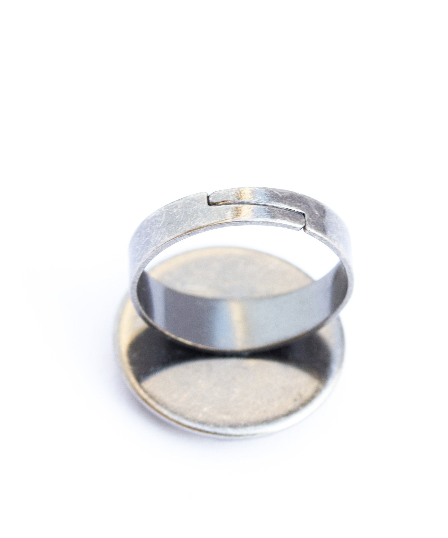 Geeky cocktail round ring