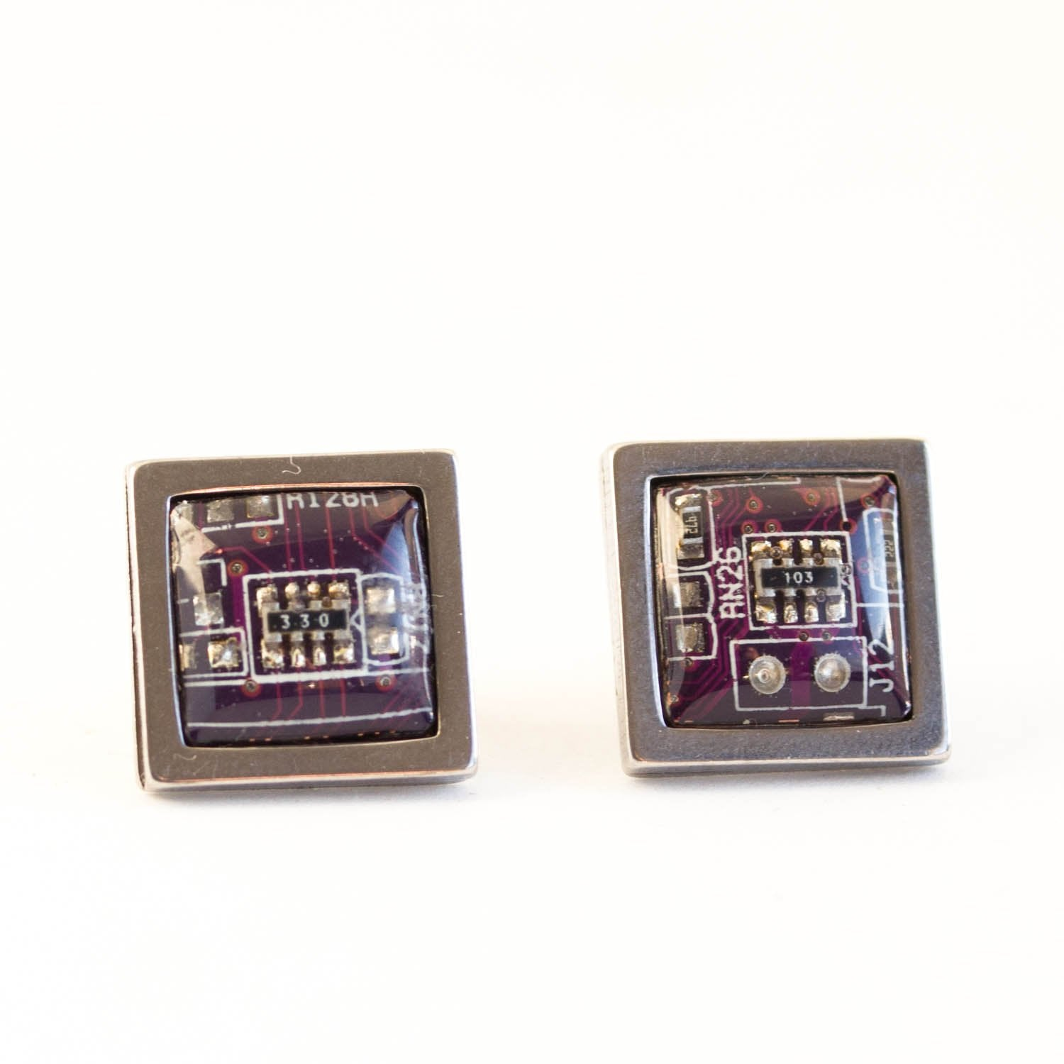 Circuit board stud earrings, square, 10 mm