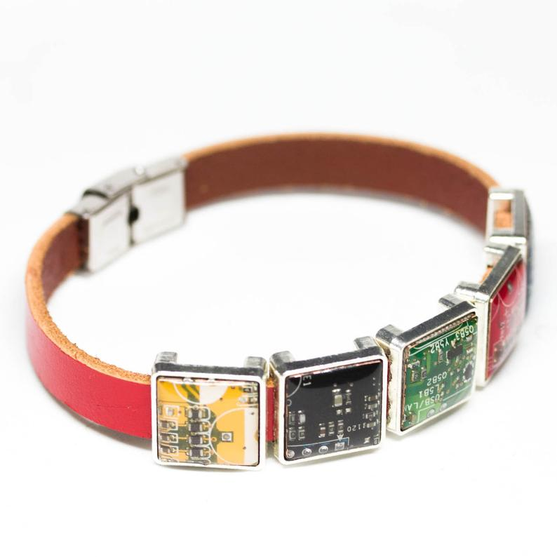 Short leather bracelet, 3 or 5 circuit board beads, unisex bracelet, adjustable