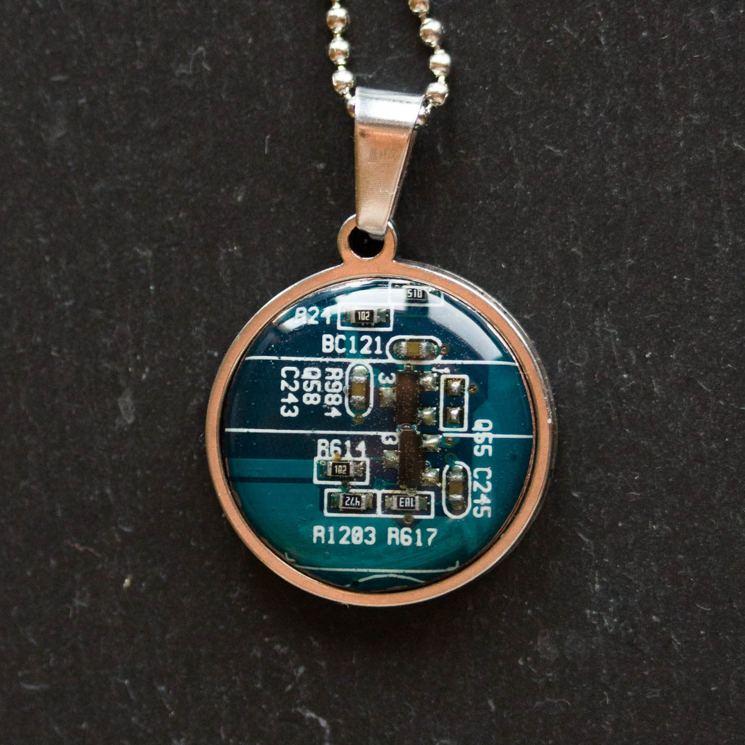 Real Circuit Board Necklace 18mm Round Gift For Computer Nerd Recycled Gifts Motherboard