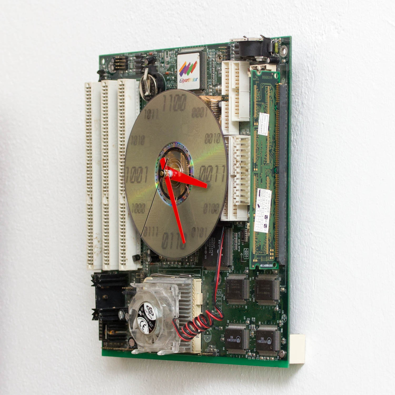 Geeky Wall Clock made of circuit board