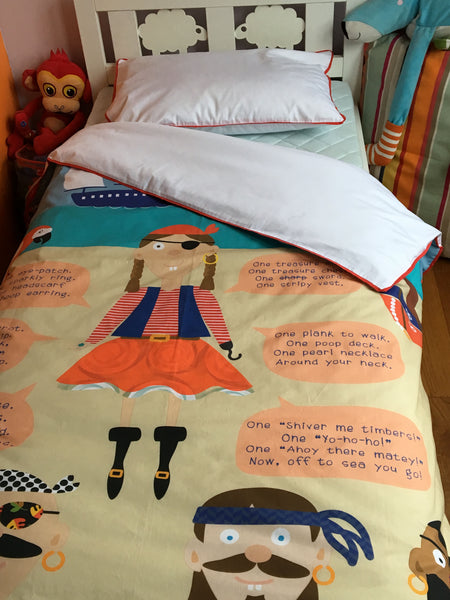 Everything a Little Girl Needs to be a Pirate - Toddler Duvet Set
