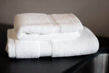 Classic Hotel Towels, 4 Piece Bath Towel Set