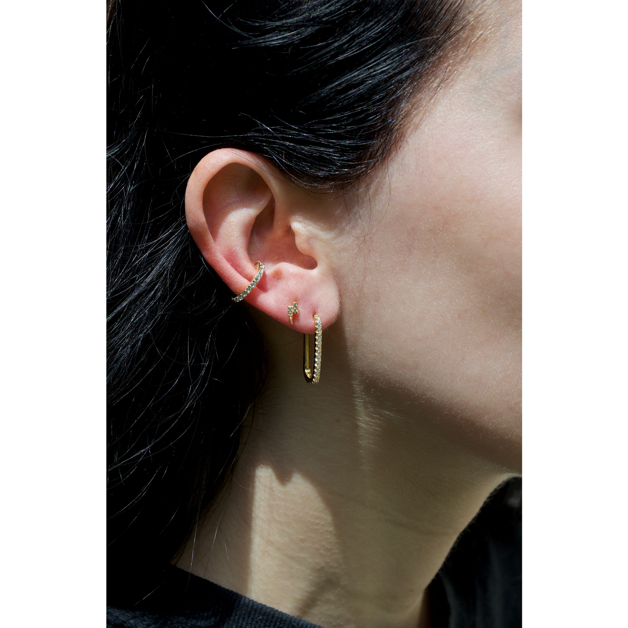 CLASSIC LOOP EARRINGS