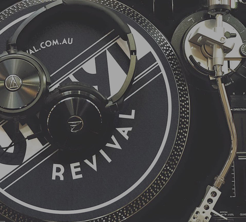 buy turntables, headphones at vinyl revival