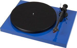 Project Debut Carbon DC Turntable inc. Ortofon 2M Red Cartidge - Glossy Blue