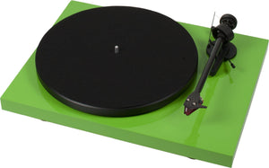 Project Debut Carbon DC Turntable inc. Ortofon 2M Red Cartidge - Glossy Green