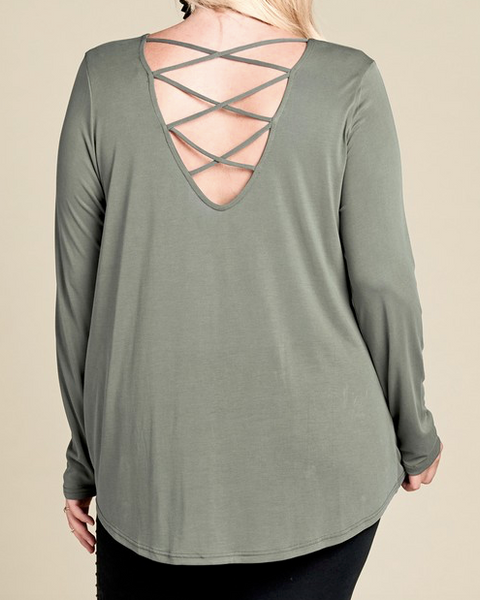 """Lynn"" Twisted Hem Top"