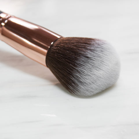 B9 Pointed Brush