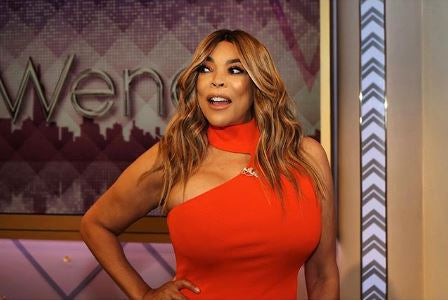 Wendy Williams Loves Curvy Kate's Luxe Strapless Bra!