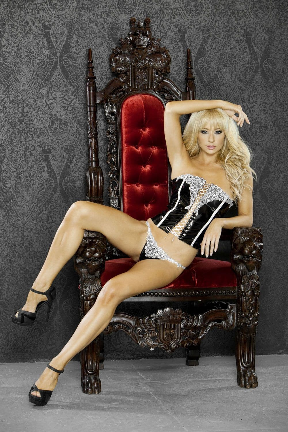 FANTASY LINGERIE BRIDAL CORSET WITH G-STRING SET
