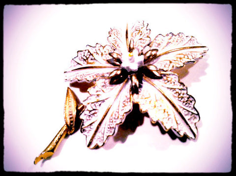 White Flower Pin Signed by Art stamped Floral Brooch Great Texture Golden White Enameled Brooch Pin