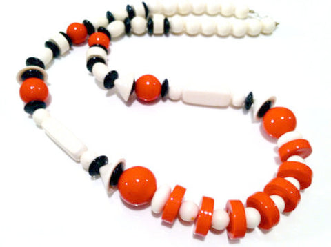 Vintage Plastic Necklace Pop Art Modernist