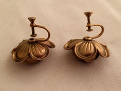 ROSE Flower Designer 3D Gorgeous Floral Figural Antique Gold Vermeil Screw Back