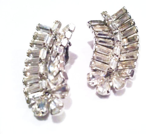 Kramer of NY Vintage Jewelry Rhinestones Clip on Earrings