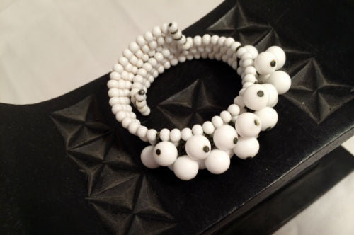 Milk Glass Coil Bracelet White Beads Expandable Cuff Vintage Jewelry