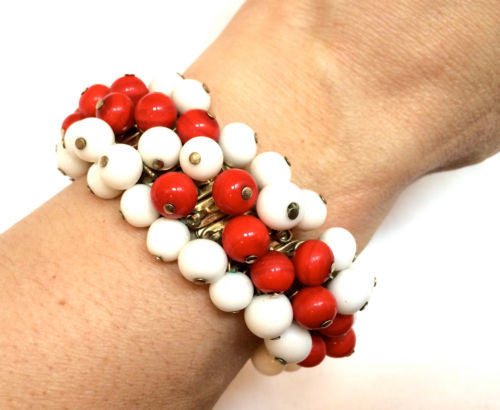 JAPAN signed Cha Cha Beaded Bracelet Red White Glass Beads Expandable Stretchy