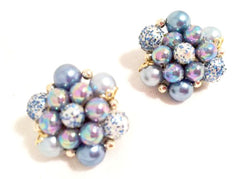 JAPAN stamped Mad Men BLUE Pearls Plastic Beads Cluster Golden Clip on Earrings