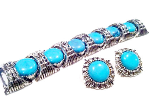 Vintage Jewelry Set 2 Earrings Bracelet Turquoise Blue Cabochon