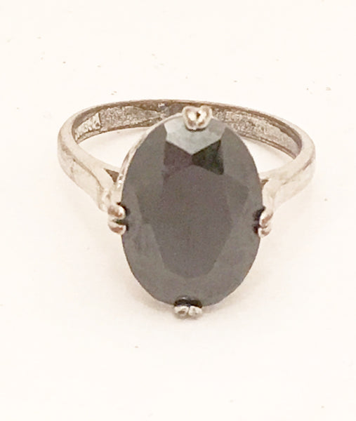 Black Solitaire Cocktail Ring Costume Jewelry