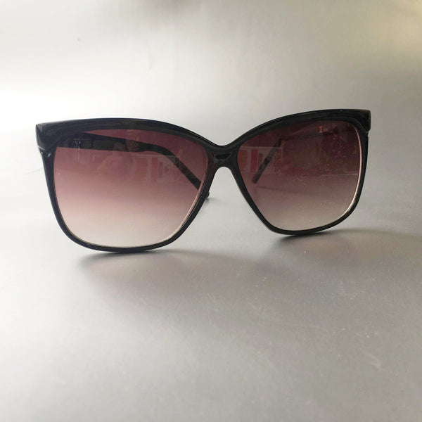 Black Frame Sunglasses Vintage Eyewear Accessory