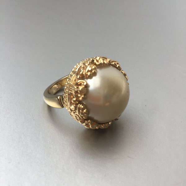 Pearl Cocktail Ring Costume Vintage Jewelry