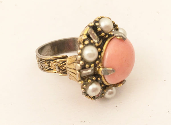 Hollycraft Vintage Jewelry Peach Pastel Mirror Pearls Cocktail Ring