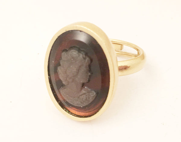 Sarah Coventry Cameo Bust Ring Vintage Jewelry