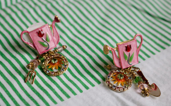 LATR 2 GO Whimsical Pink Flower Garden Runway Clip on Earrings