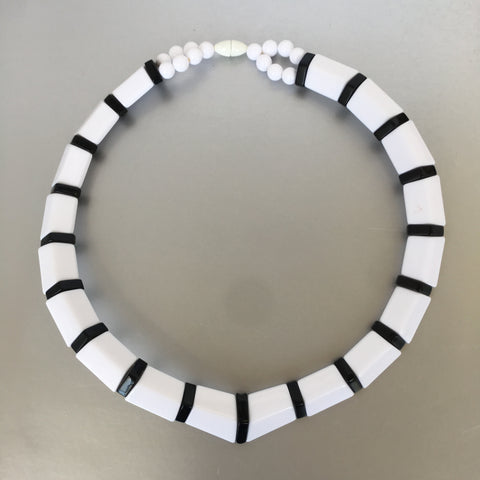 Black and White Choker Necklace Vintage Plastic Jewelry