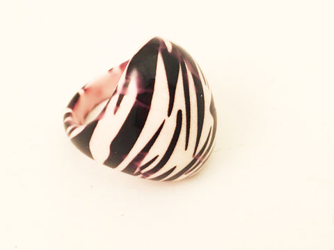 zebra resin plastic cocktail ring vintage plastic jewelry