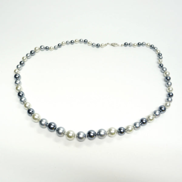 Gray Pearls Beaded Necklace Vintage Jewelry