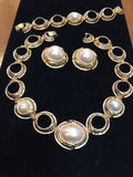 Pearl Vintage Jewelry Parure Set Necklace Bracelet and Earrings Golden Brush Pearls