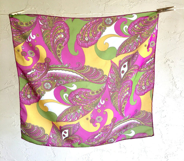 Parsley Vintage Scarf Striking Pink Green Purple Yellow White Retro Accessory talkingfashion artedellamoda