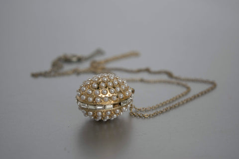 Pearls Egg Pendant Golden Chain Necklace Vintage Jewelry