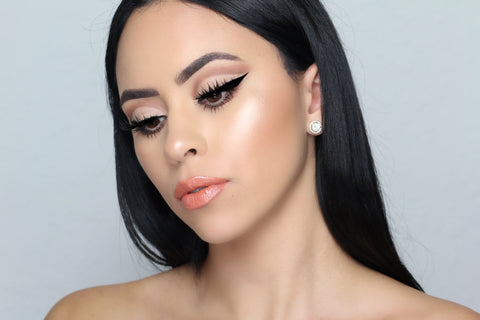 Cut Crease Look 1