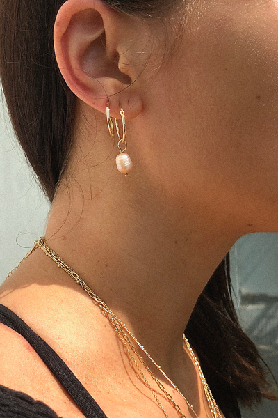 GOLD HINGED HOOP EARRINGS MINI
