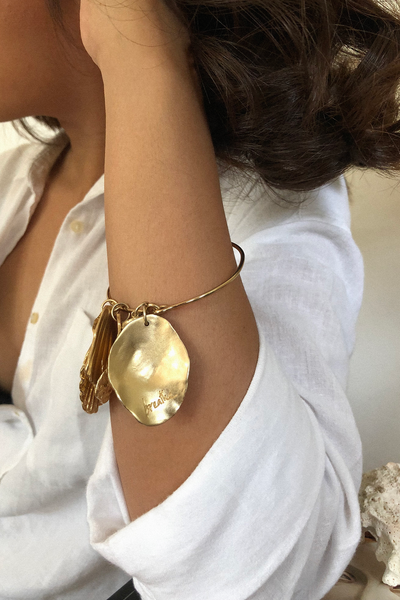 TRUST SHELL AMULET + BANGLE