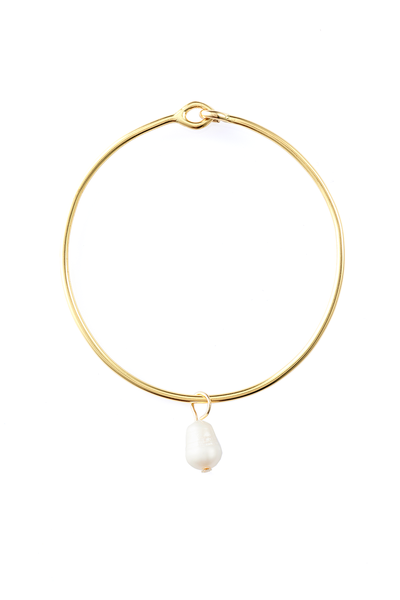 WHITE PEARL AMULET + BANGLE