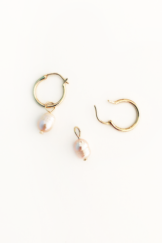 PINK PEARL AMULETS + GOLD HINGED HOOP EARRINGS MINI
