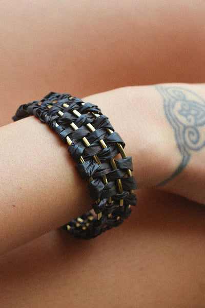 PARADISE PALM BANGLE - BLACK
