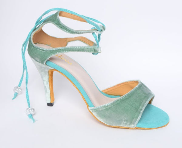 LAYLA IN AQUA VELVET by Maleva Label