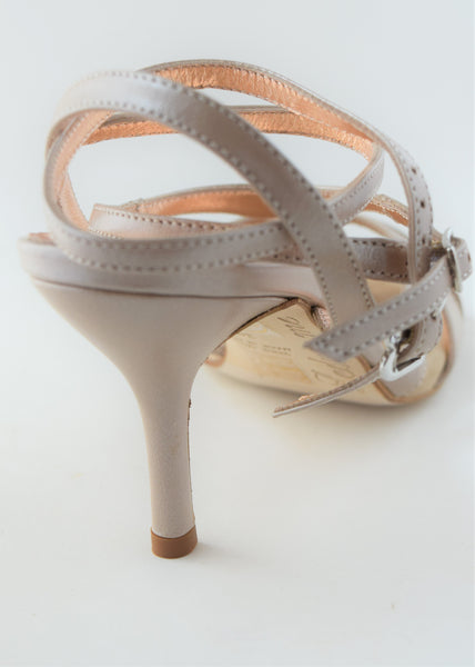 Size 9 - Recoleta Twins Slim in Moonlight Beige Leather - Regina