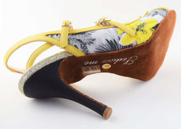 Size 7 - Pigalle in White and Yellow Floral - Regina