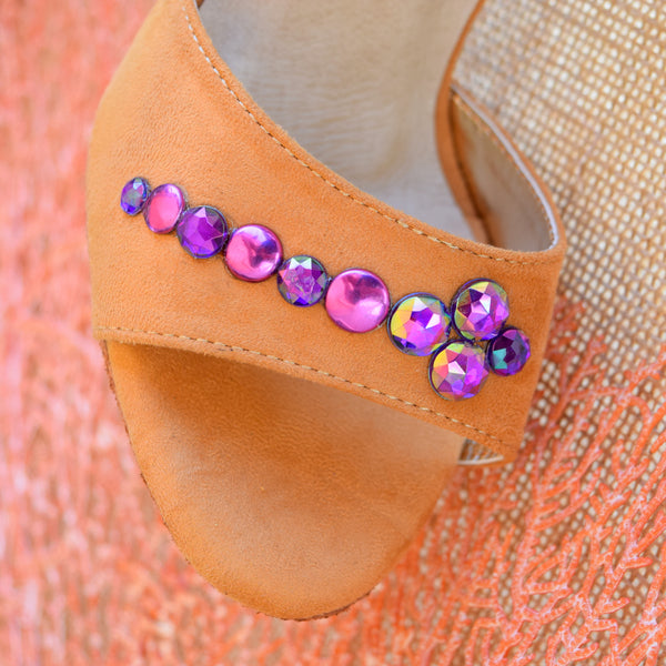 MALEVA SPARKLE PURPLE FACETED STUDS by Maleva Label
