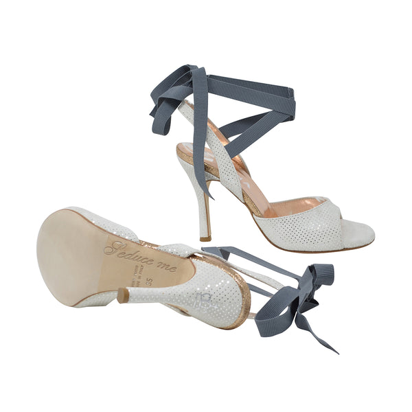 Size 5 - Cote d'Azur in White Dotted Suede with Grey Ribbons - Regina