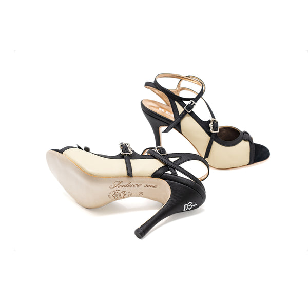 Size 7 - Pigalle in Black and Transparent - Regina