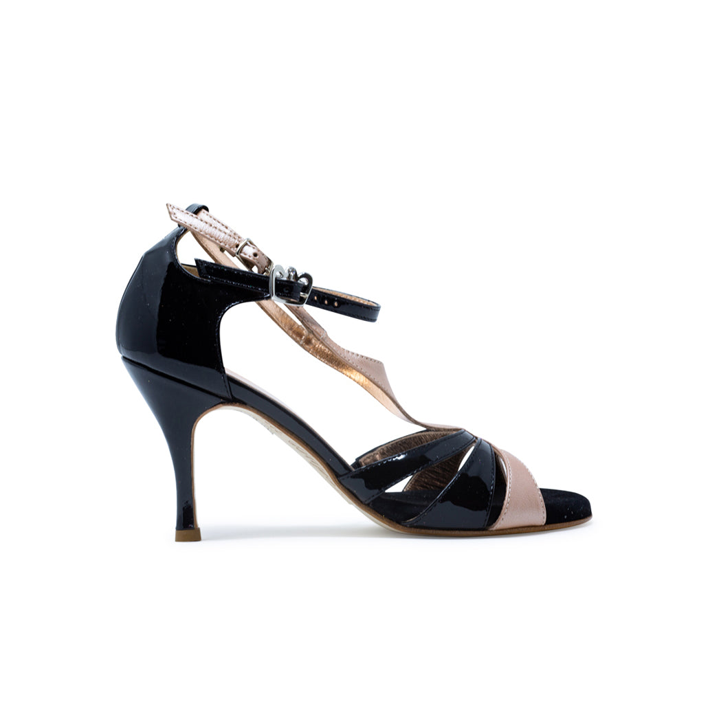Size 5 - Recoleta in Black Patent Leather with Sahara Leather - Regina