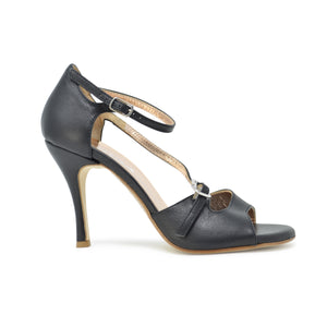 Size 9 - Venere Slim in Black Leather - Regina